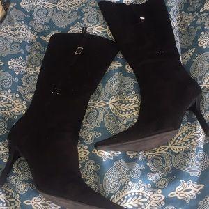 BCBG Girls pointy black boots